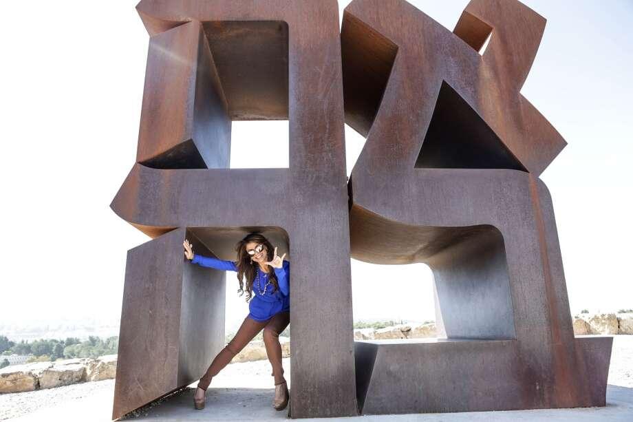 Paula Abdul visits the Israel Museum on October 29, 2013 in Jerusalem, Israel. Photo: Tiffany Rose, WireImage