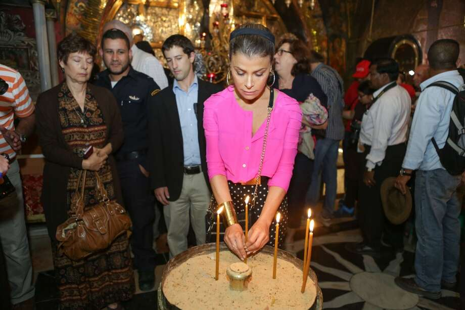 Paula Abdul visits the Old City on October 31, 2013 in Jerusalem, Israel. Photo: Tiffany Rose, WireImage
