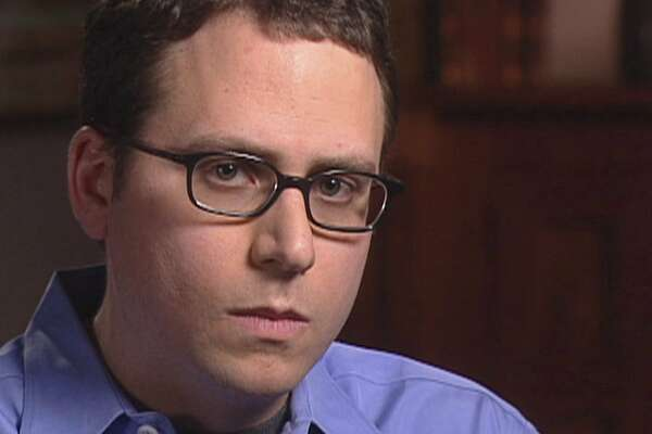 essays on stephen glass How did stephen glass make it as far as he did how did he publish so many fabricated articles and end up working for the new republic , a prestigious magazine 3.