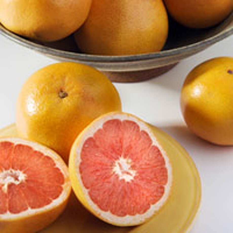 9. Grapefruit It's back! A 2006 study of 91 obese people conducted at the Nutrition and Metabolic Research Center at Scripps Clinic found that eating half a grapefruit before each meal or drinking a serving of the juice three times a day helped people drop more than three pounds over 12 weeks. The fruit's phytochemicals reduce insulin levels, a process that may force your body to convert calories into energy rather than flab.Reprinted with Permission of Hearst Communications, Inc. Originally Published: 15 Foods to Help You Lose Weight Photo: YinYang/istock