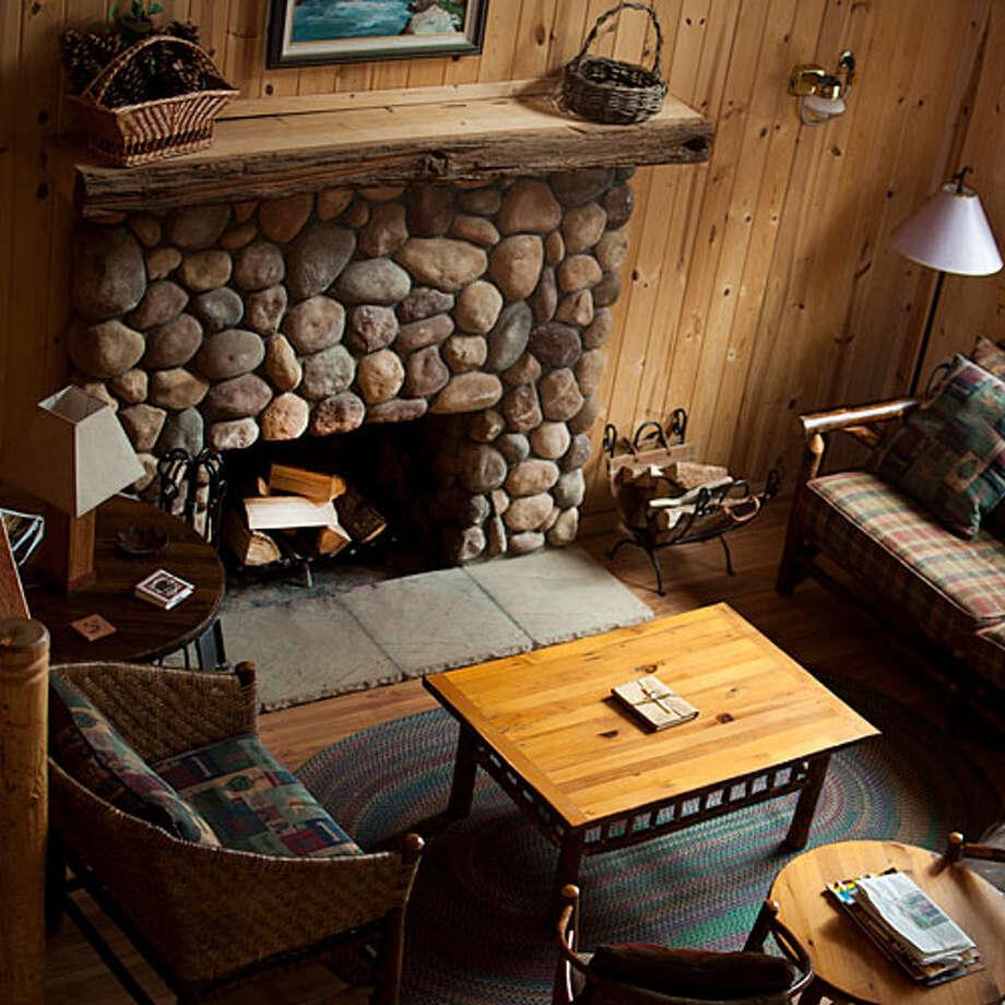 Conifer Creek Apartments: 37 Ideal Cabin Getaways