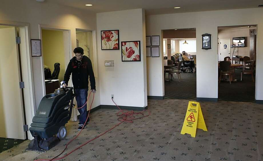 Carpets are cleaned at Sundial Palms, which had the same owners as the closed Castro Valley care home. Photo: Michael Macor, The Chronicle