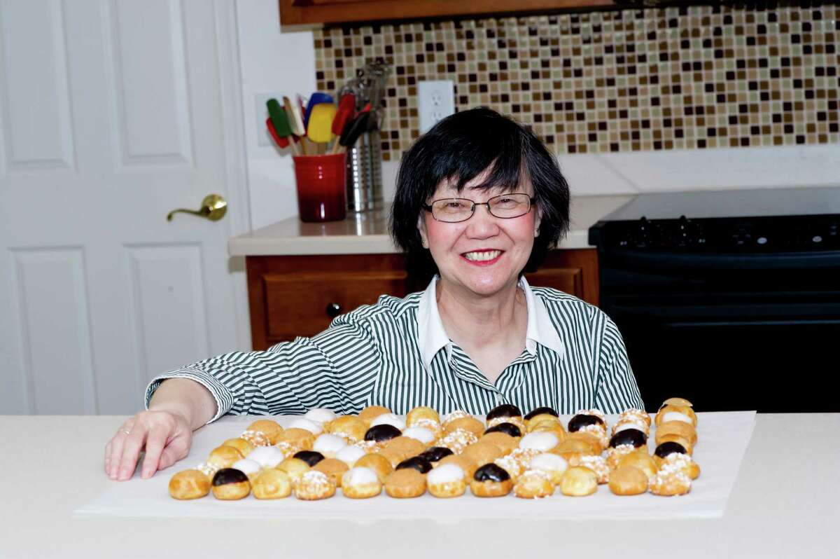 Yabin Yu shares her love of delicious pastries through her cookbooks.