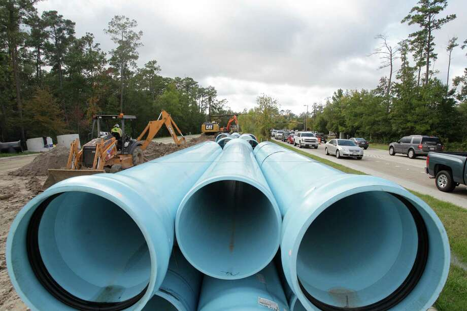 An official with the San Jacinto River Authority, which is installing a water line alongside Research Forest Drive in The Woodlands, said the project could have cost $200 million less under the Proposition 6 initiative. Photo: Melissa Phillip, Staff / © 2013  Houston Chronicle