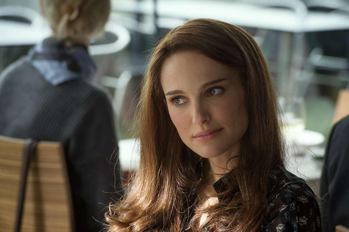 Natalie Portman returns as American scientist Jane Foster, who is now working in London.