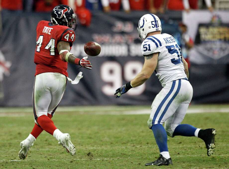 Ben Tate, left, had to handle the bulk of the duties at running back against the Colts when Arian Foster made an early departure, and it looks like that also will be the case against the Cardinals on Sunday. Photo: Brett Coomer, Staff / © 2013  Houston Chronicle