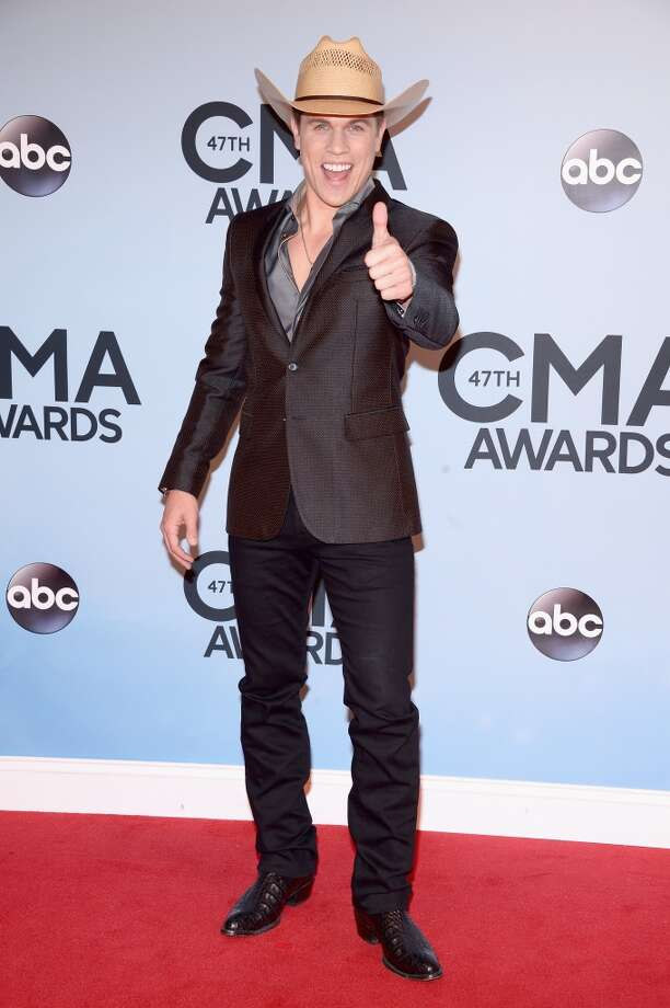 Dustin Lynch attends the 47th annual CMA Awards at the Bridgestone Arena on November 6, 2013 in Nashville, Tennessee. Photo: Michael Loccisano, Getty Images
