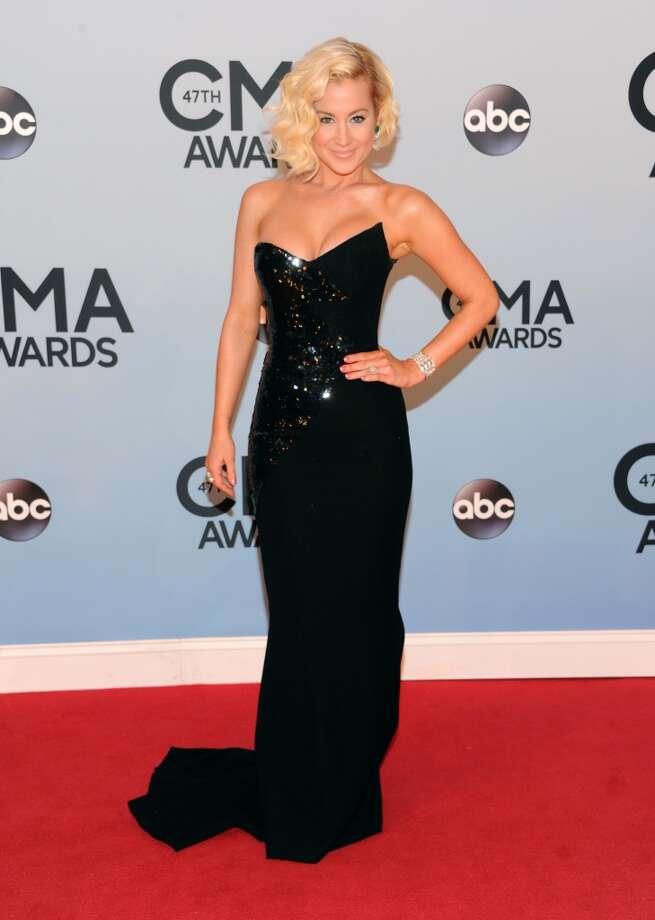 Kellie Pickler arrives at the 47th annual CMA Awards at Bridgestone Arena on Wednesday, Nov. 6, 2013, in Nashville, Tenn. Photo: Evan Agostini, Associated Press
