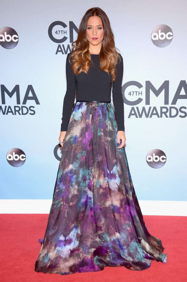 Jana Kramer attends the 47th annual CMA Awards at the Bridgestone Arena on November 6, 2013 in Nashville, Tennessee. Photo: Michael Loccisano, Getty Images