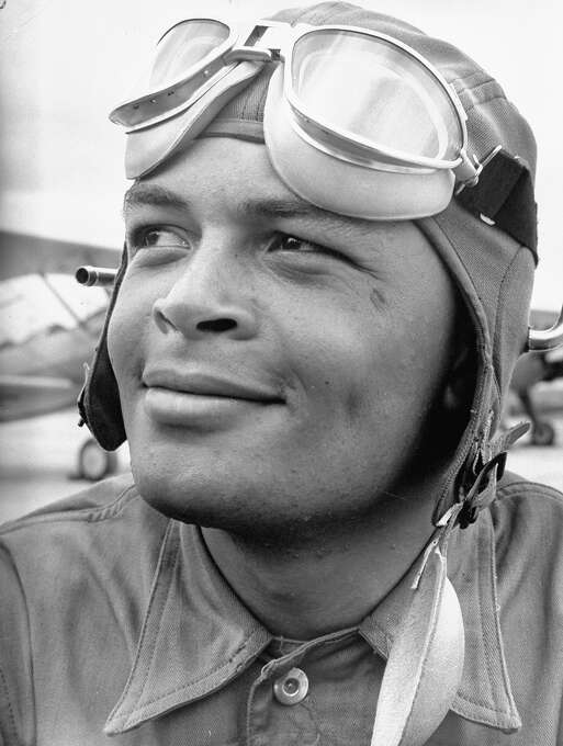 Major George Spencer Roberts, in training for US Army Air Corps 99th Pursuit Squadron, 1st all-black combat pilot unit (African-Amer. fliers of WWII Tuskegee airmen fame), during flight school training at airfield. Photo: Gabriel Benzur, Time & Life Pictures/Getty Image / Gabriel Benzur
