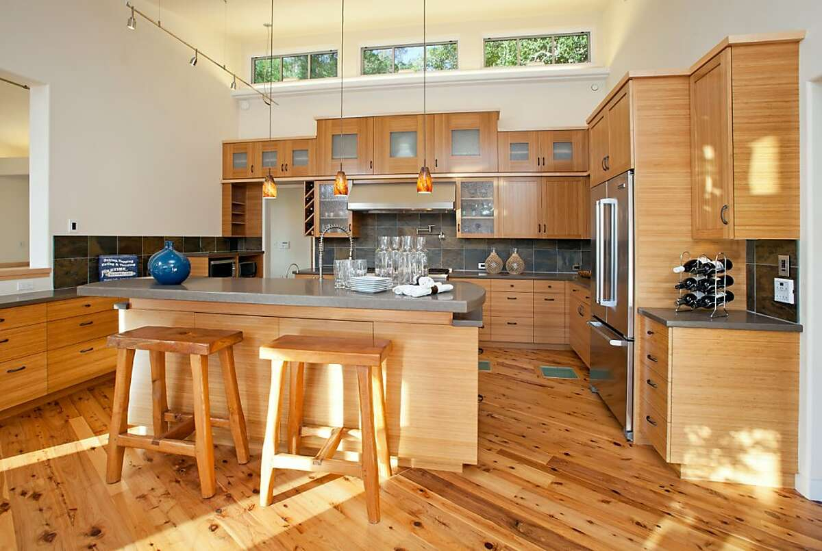 Mill Valley home's design lets the sun shine in - and through
