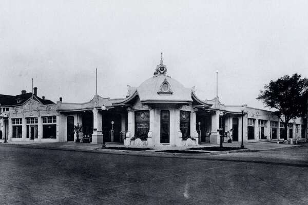 The Humble Oil and Refining Company Filling Station #4, built in 1919, was at the corner of Main and Jefferson. It was designed by Alfred Finn, a prolific architect whose work includes the San Jacinto Monument. credit: Houston Metropolitan Research Center (HMRC)