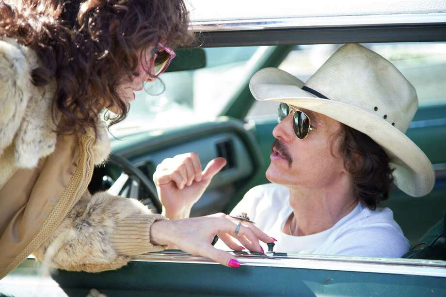 The working relationship between Rayon (Jared Leto, left) and Ron Woodroof (Matthew McConaughey) develops 