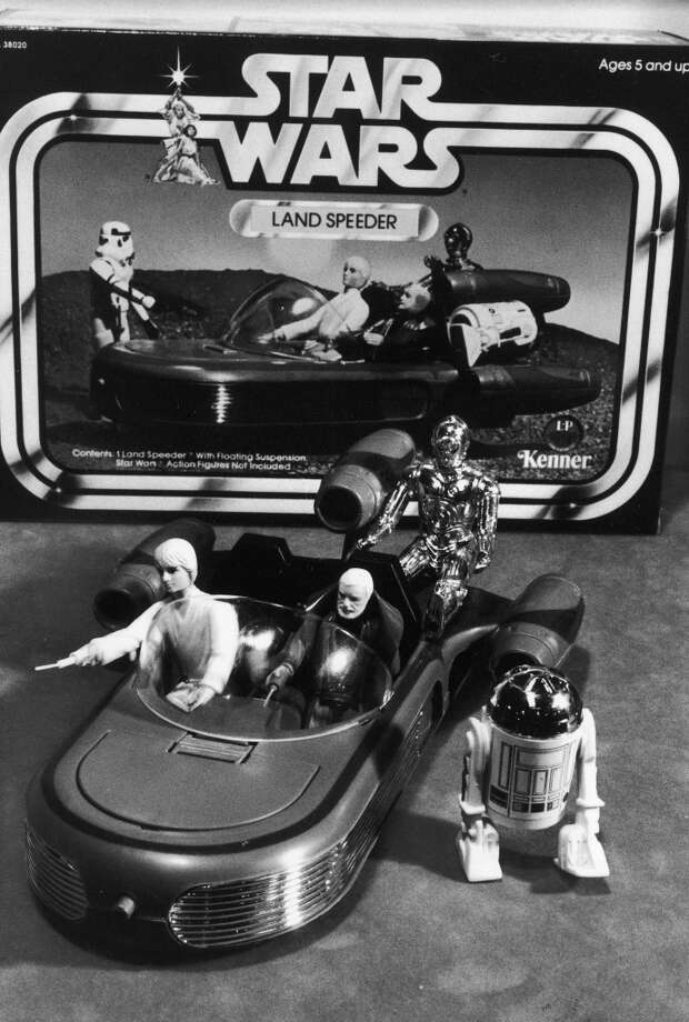UNSPECIFIED - JANUARY 01:  STAR WARS collectible figures including Luke Skywalker, Obi Wan Kanobi, C3P0 in a land speeder & R2D2.  (Photo by Ralph Morse/Time & Life Pictures/Getty Images) Photo: Time & Life Pictures/Getty Image