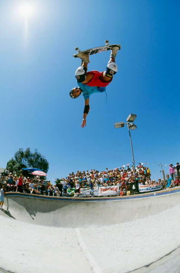 2008 Inductee: The Skateboard Photo: Doug Pensinger, Getty Images / 1985 Doug Pensinger