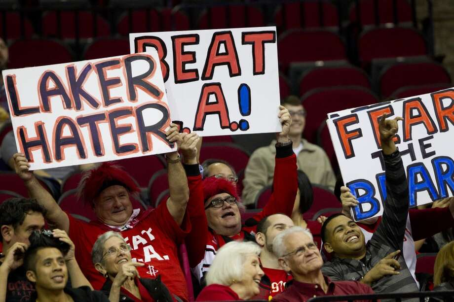 Rockets fans cheer during the first half. Photo: Brett Coomer, Houston Chronicle