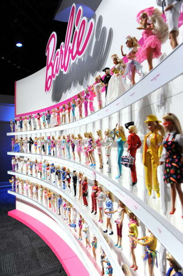 1998 Inductee:Barbie Photo: STAN HONDA, Getty Images / 2010 AFP