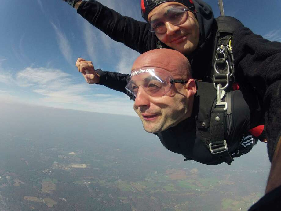 Zack Hutchins and instructor Marius Ivascu in freefall.