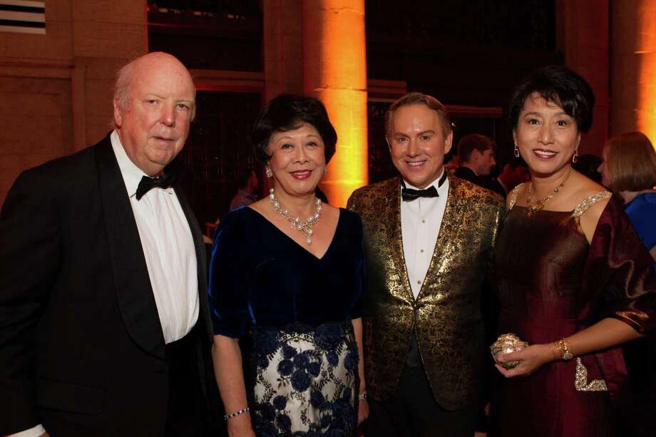 Ted Collins, Margaret Collins, Joel Goodrich and Sharon Juang at the Asian Art Museum's opening night gala for In Grand Style: Celebrations in Korean Art during the Joseon Dynasty on October 24, 2013. Photo: Claudine Gossett For Drew Altizer, Drew Altizer Photography / DREW ALTIZER PHOTOGRAPHY