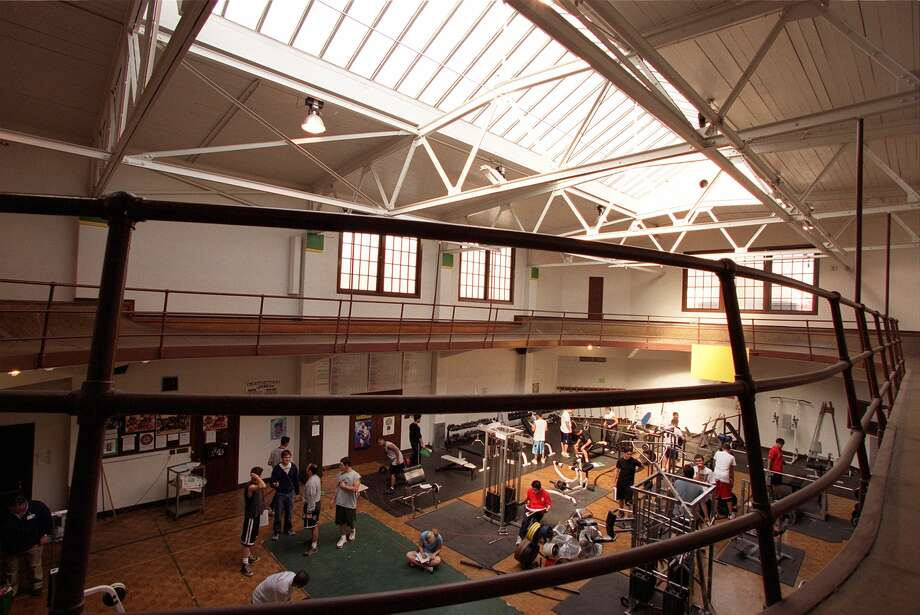 The old Roosevelt gym in 2002 before the big remodel.  Photo: LOREN CALLAHAN, Seattle Post-Intelligencer File