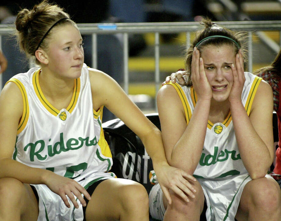 Losing in 2007: Roosevelt's Megan Boyd (left) and Frannie Hemmelgarn watch as their team loses a game in the state playoffs. Photo: Scott Eklund, Seattle Post-Intelligencer File / Seattle Post-Intelligencer