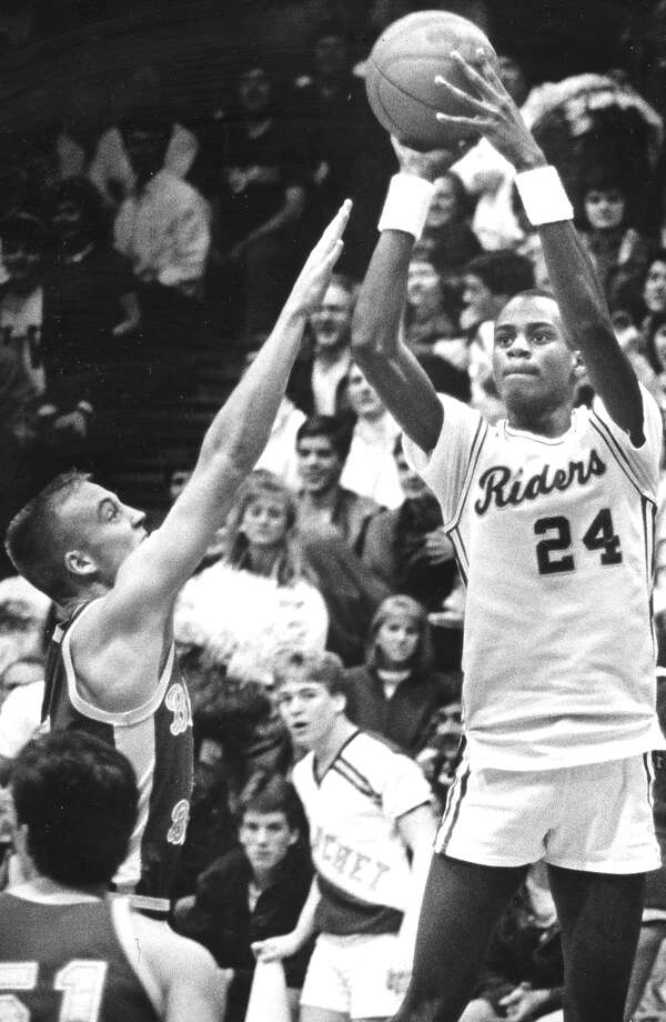 Roughrider basketball in 1987, with Will Brantley taking a shot.  Photo: Seattle Post-Intelligencer File