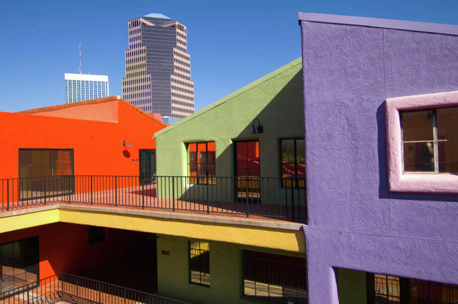 10. Tucson  Arizona has the second-highest population of people who have lived there less than a year. However, Tucson ranks lower as a city of wanderers because of its relatively high rental vacancy rate (12.5 percent). According to TRIP, 53 percent of the roads here are in poor condition. Photo: Donovan Reese, Getty Images / (c) Donovan Reese