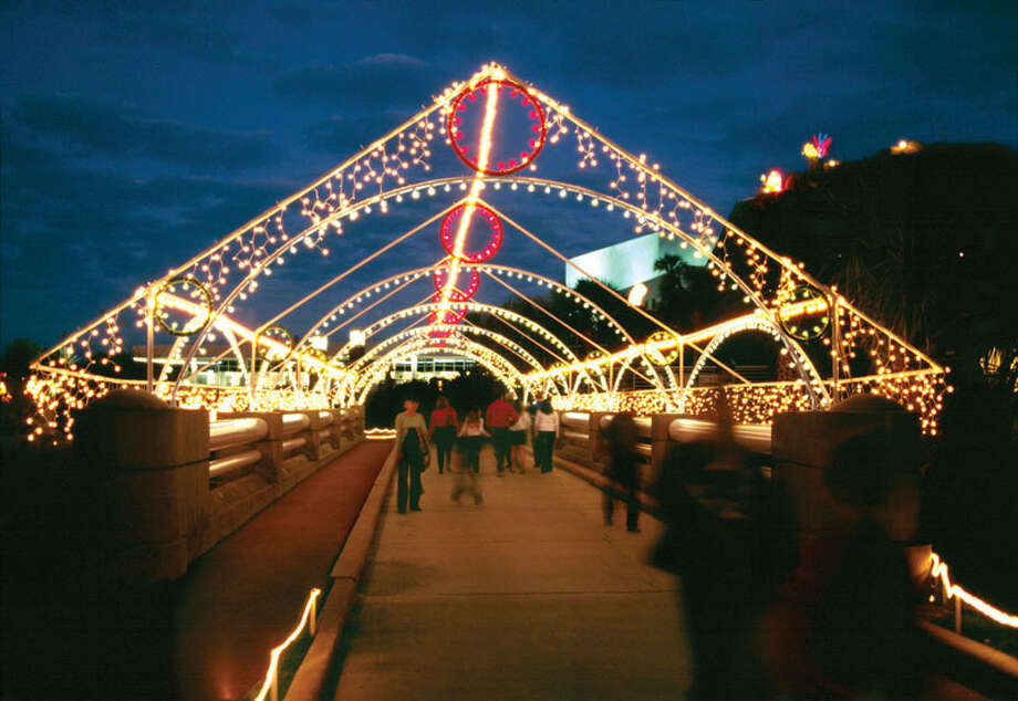 Moody Gardens' annual Festival of Lights will be Nov. 16-Jan. 4 on Galveston Island. Photo: Courtesy Photo, Moody Gardens