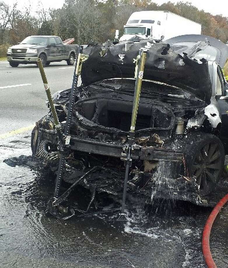 Let's hope there was nothing important in that roomy space since this is how the Model S ended up after the fire.