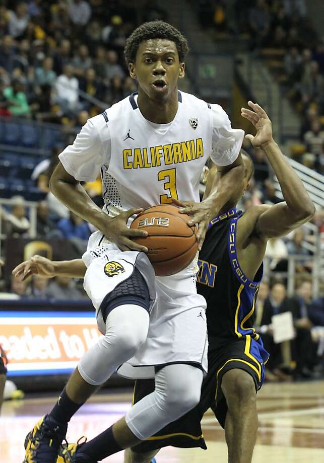 Cal guard Tyrone Wallace drives to the basket during the first half. The sophomore finished with 20 points, seven assists and six rebounds. Photo: Mathew Sumner, Special To The Chronicle