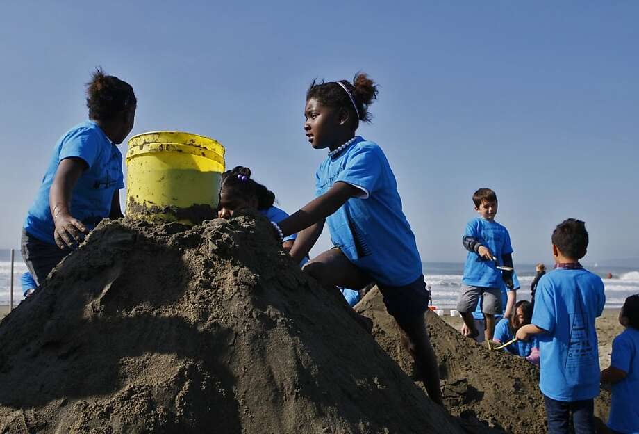 Sheridan Elementary students work on their sculpture during the Leap Sand Castle Contest at Ocean Beach in San Francisco, Calif. on Saturday, Nov. 9, 2013. Photo: Raphael Kluzniok, The Chronicle