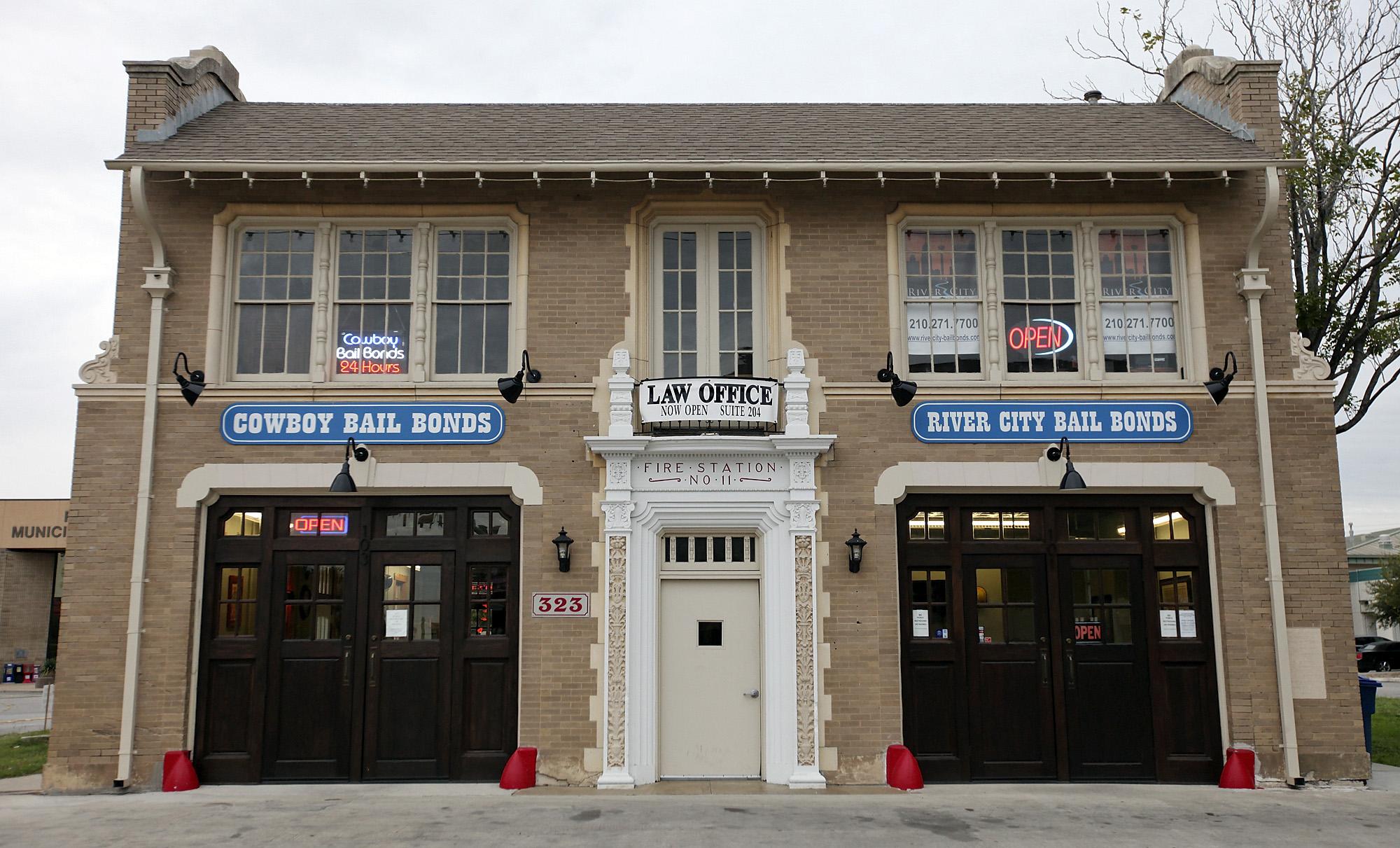 Cityscape Fire Station No 11 San Antonio Express News