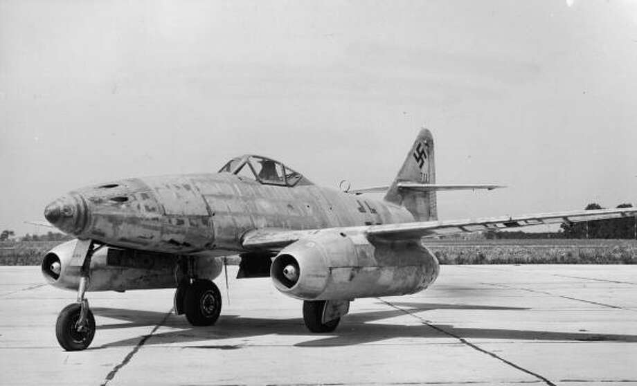 The German Messerschmitt 262A-I, one of the earliest jet aircraft. Photo: Hulton Archive, Getty Images / Archive Photos