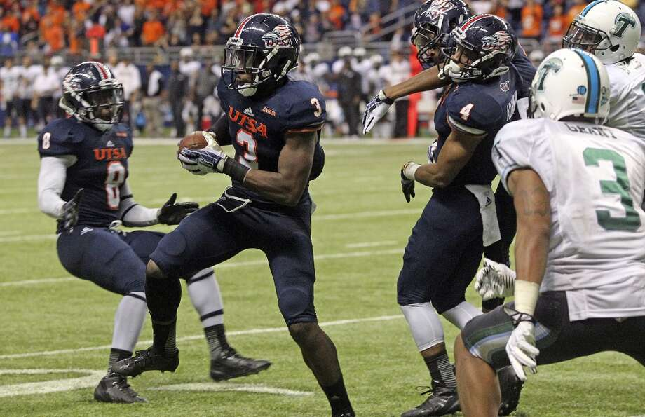 Roadrunner safety Cody Berry ends the game with an interception as UTSA  hosts Tulane at the Alamodome on November 10, 2013.