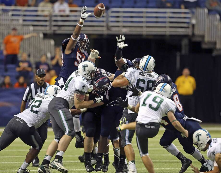 Cairo Santos puts up one of his missed field goals for the Green Wave as UTSA  hosts Tulane at the Alamodome on November 10, 2013.