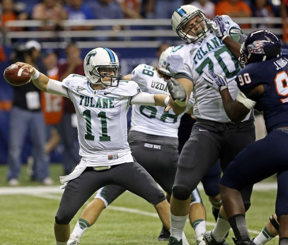 Nick Montana throws for the Green Wave as UTSA  hosts Tulane at the Alamodome on November 10, 2013.