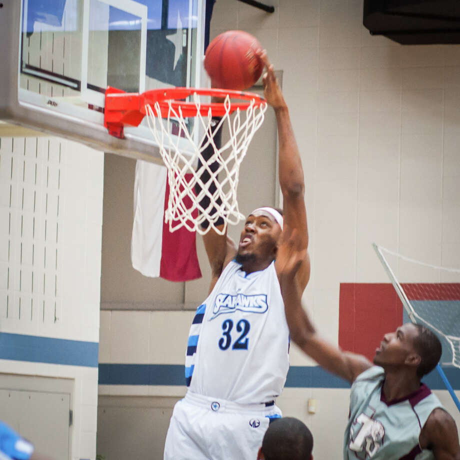 Lamar State College-Port Arthur defeated Texas Souther JV 127-62 Saturday. Photo: Michael Reed / Michael Reed