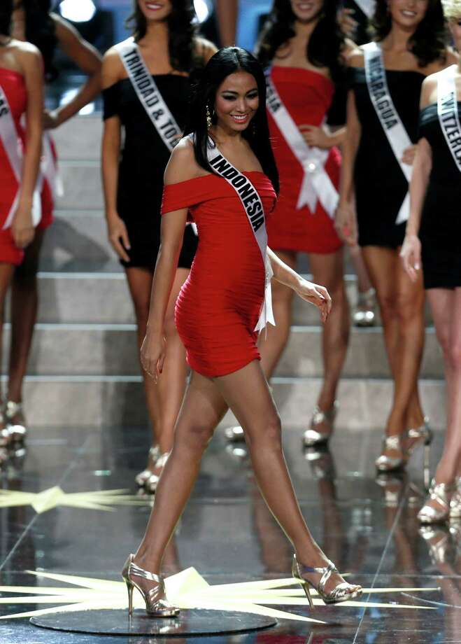 Miss Indonesia Whulandary participates in the 2013 Miss Universe pageant in Moscow, Russia, on Saturday, Nov. 9, 2013. Photo: Pavel Golovkin, AP / AP