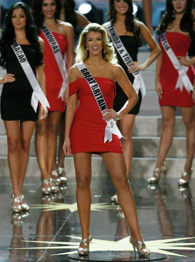 Miss Great Britain Amy Willerton smiles while competing in the 2013 Miss Universe pageant  in Moscow, Russia, on Saturday, Nov. 9, 2013. Photo: Pavel Golovkin, AP / AP
