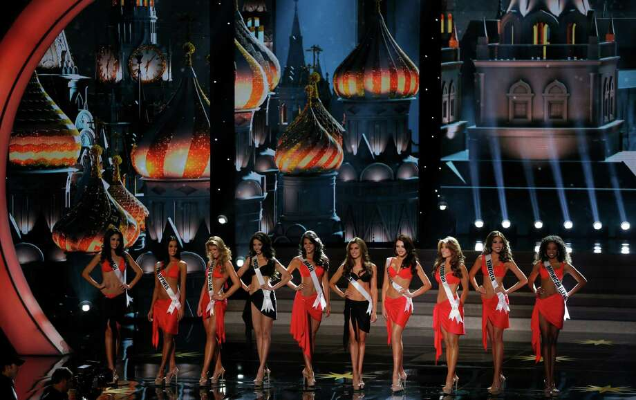 Contestants participate in the 2013 Miss Universe pageant in Moscow, Russia, on Saturday, Nov. 9, 2013. Photo: Pavel Golovkin, AP / AP2013