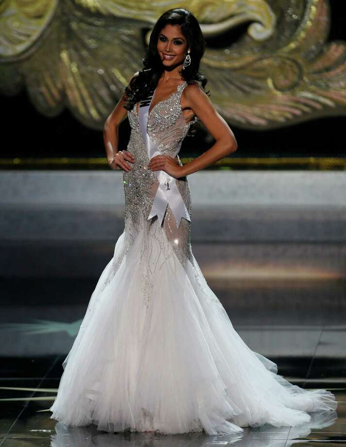 Miss Spain Patricia Yurena Rodriguez participates in the 2013 Miss Universe pageant in Moscow, Russia, Saturday, Nov. 9, 2013. Photo: Pavel Golovkin, AP / AP2013