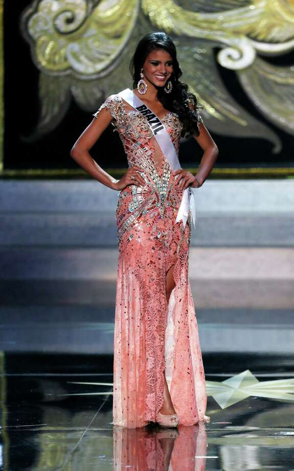 Miss Brazil Jakelyne Oliveira participates in the 2013 Miss Universe pageant in Moscow, Russia, Saturday, Nov. 9, 2013. Photo: Pavel Golovkin, AP / AP2013