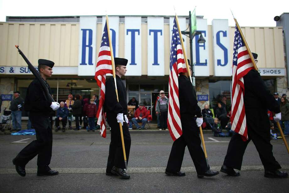 ROTC members march during the 48th annual Auburn Veterans Day Parade. Photo: JOSHUA TRUJILLO, SEATTLEPI.COM / SEATTLEPI.COM