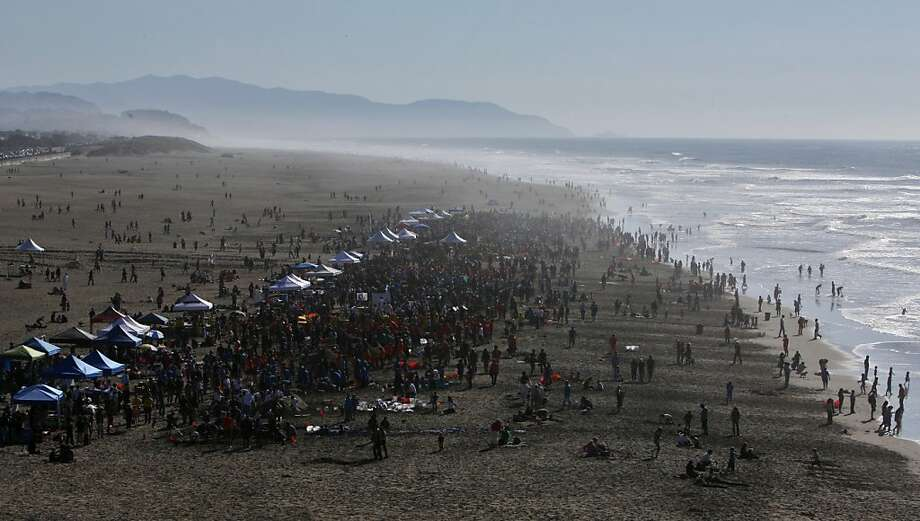 The Leap Sand Castle Contest at Ocean Beach is seen from an outlook along Point Lobos Ave in San Francisco, Calif. on Saturday, Nov. 9, 2013. Photo: Raphael Kluzniok, The Chronicle