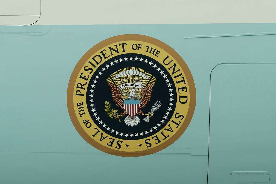 The Seal of the President of the United States on the port side of Air Force One. President Barack Obama is the commander in chief, and it's time he acted like one. Photo: Joel Auerbach, Associated Press / FR170673 AP