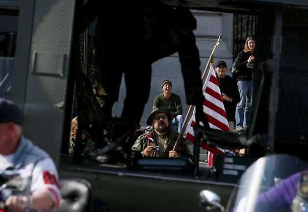 SF Veterans Day Parade salutes Korean War heroes