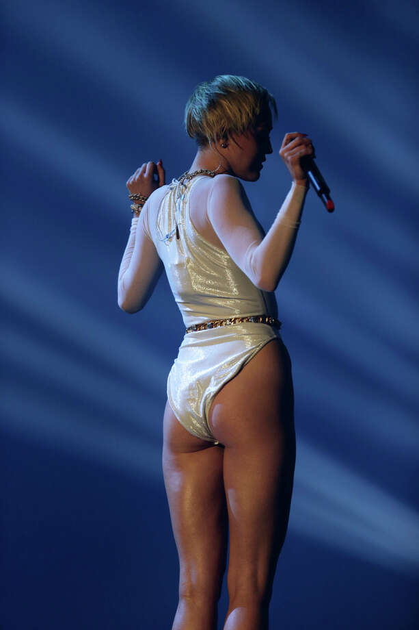 Miley Cyrus performs at the 2013 MTV Europe Music Awards in Amsterdam, Netherlands, Sunday, Nov. 10, 2013. Photo: Peter Dejong, Associated Press / AP