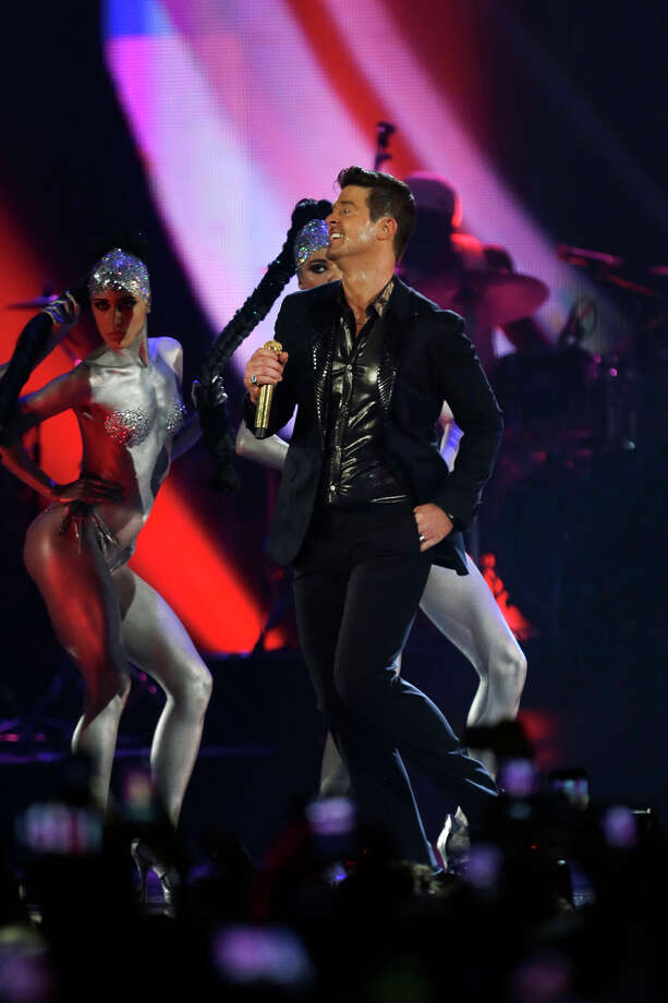 Robin Thicke performs at the 2013 MTV Europe Music Awards in Amsterdam, Netherlands, Sunday, Nov. 10, 2013. Photo: Peter Dejong, Associated Press / AP
