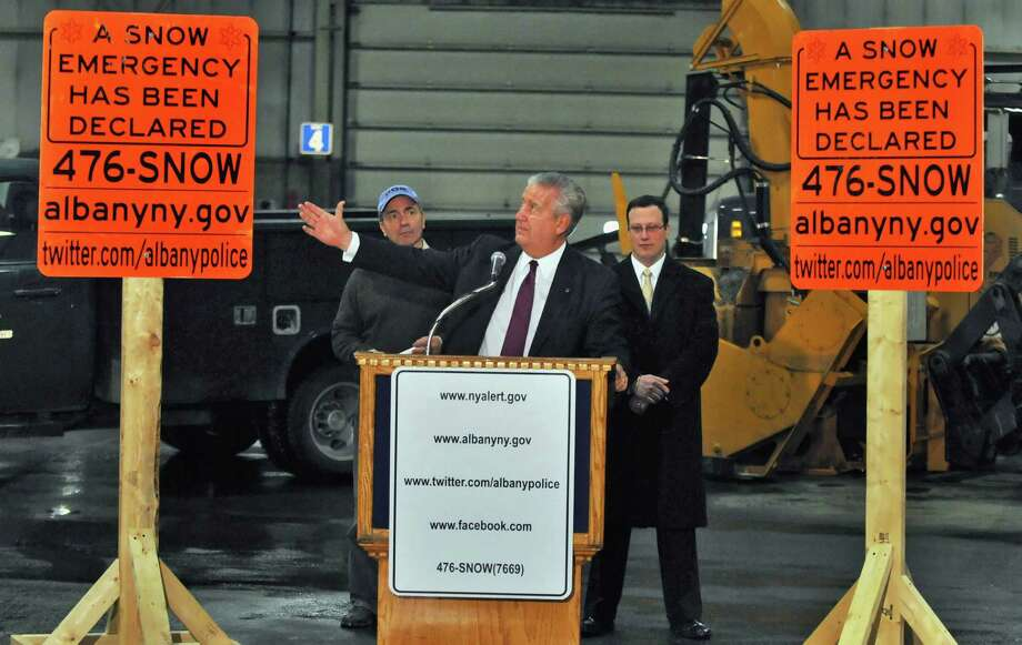 Albany Mayor Gerald Jennings, center, is joined by DGS Commissioner Nicholas D'Antonio, left, and Abany Police Chief Steven Krokoft to announce details of the city's snow emergency during a news conference at the DGS facilty Tuesday afternoon February 1, 2011.   (John Carl D'Annibale / Times Union) Photo: John Carl D'Annibale / 10011946A