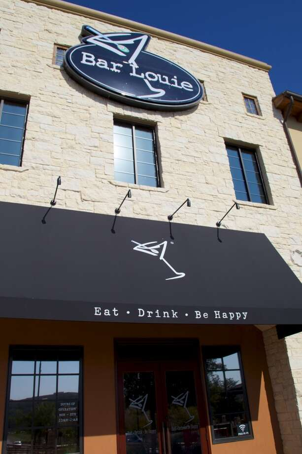 Bar Louie, 15900 La Cantera Pkwy., features $4 green beers and $6 Jameson all day Friday and will host a brunch on Saturday.Find out more info here.  Photo: Xelina Flores-Chasnoff, For The San Antonio Express-News